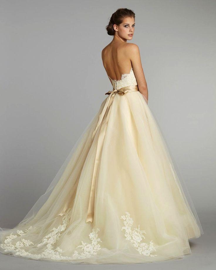 Ball Gown Wedding Dresses For Bride : 30 Romantic Pastel Wedding ...