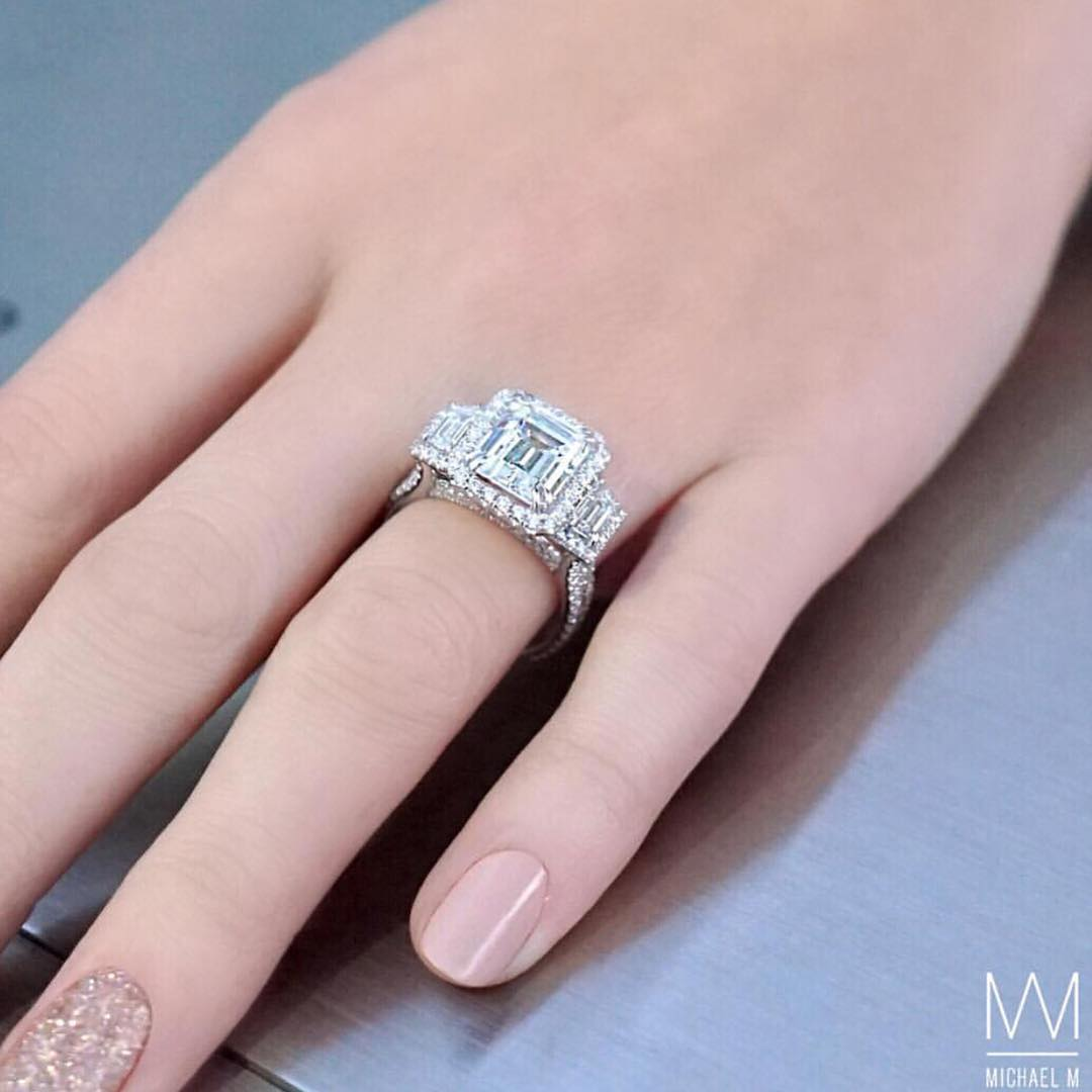 Engagement Rings : What do you guys think of this style ...