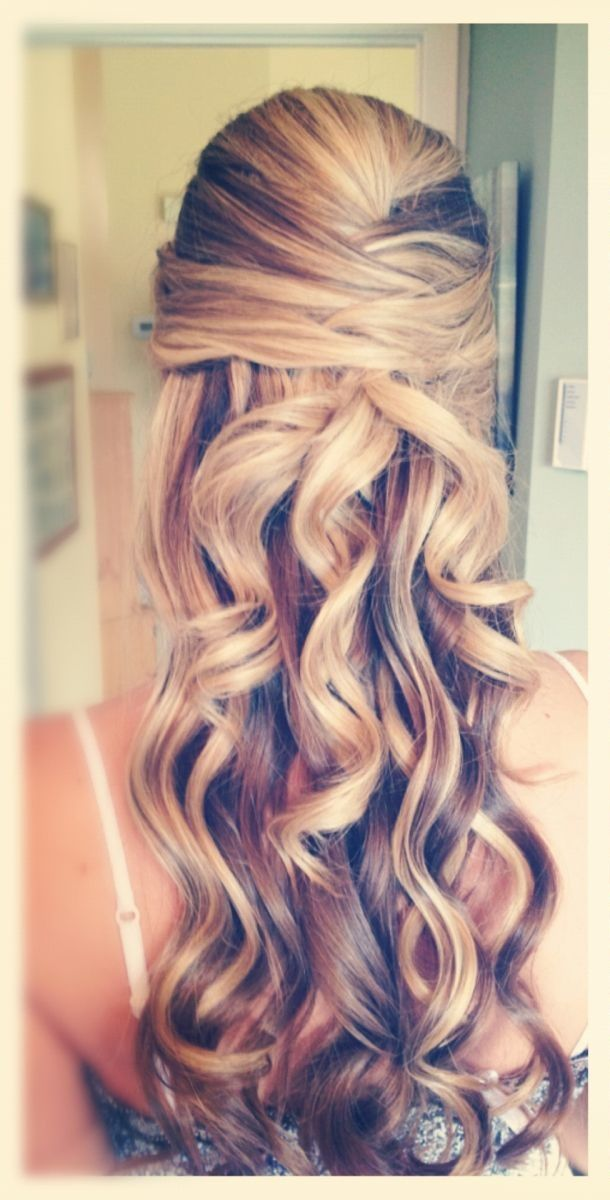 Wedding Hairstyle For Long Hair Hairstyle Make A Half Up Do For