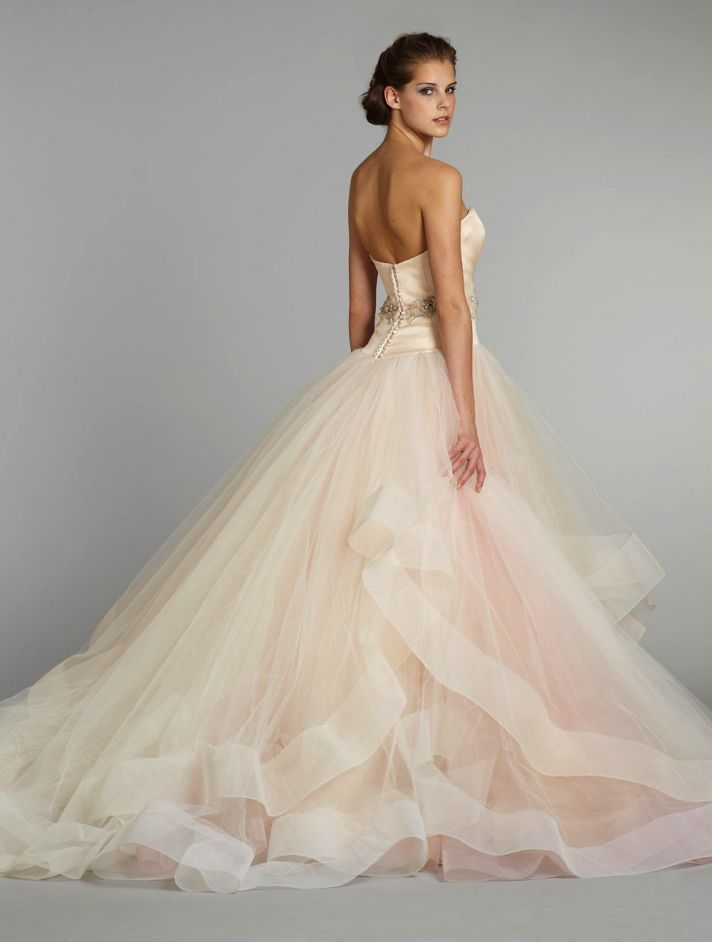 Ball Gown Wedding Dresses For Bride : 11 Exquisite Wedding Dresses ...
