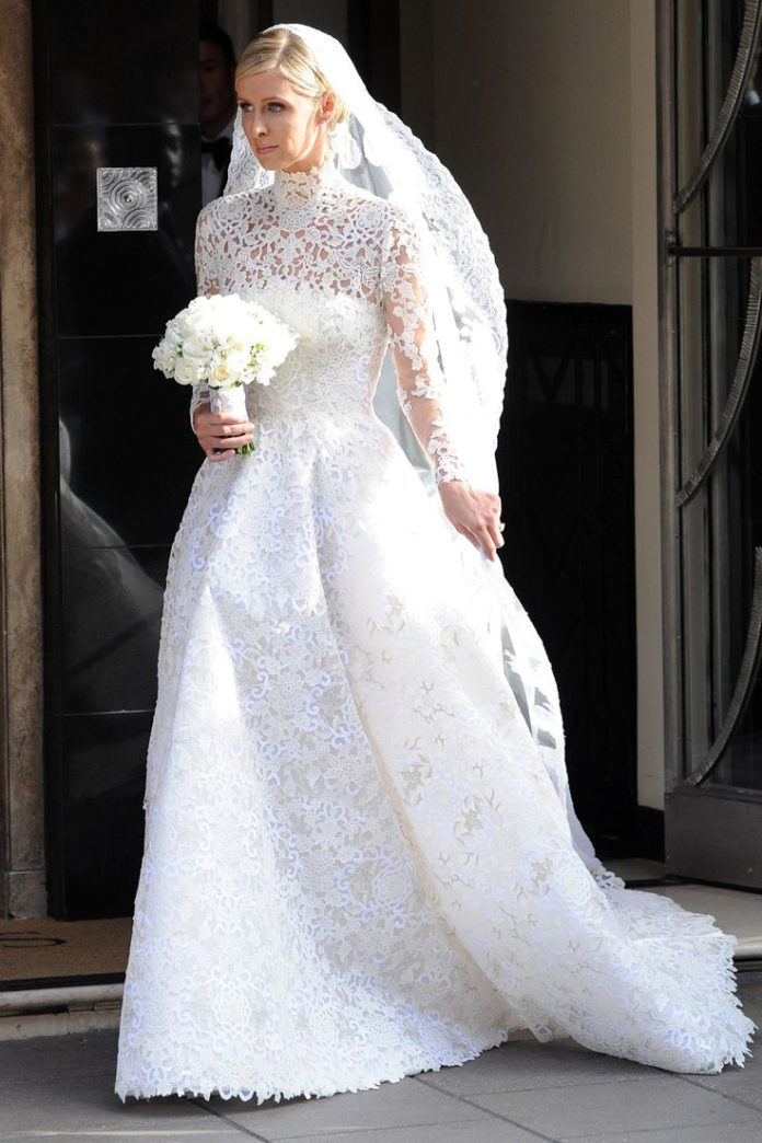 Ball gown wedding dresses for bride wow nicky hilton 39 s for Giles deacon wedding dresses