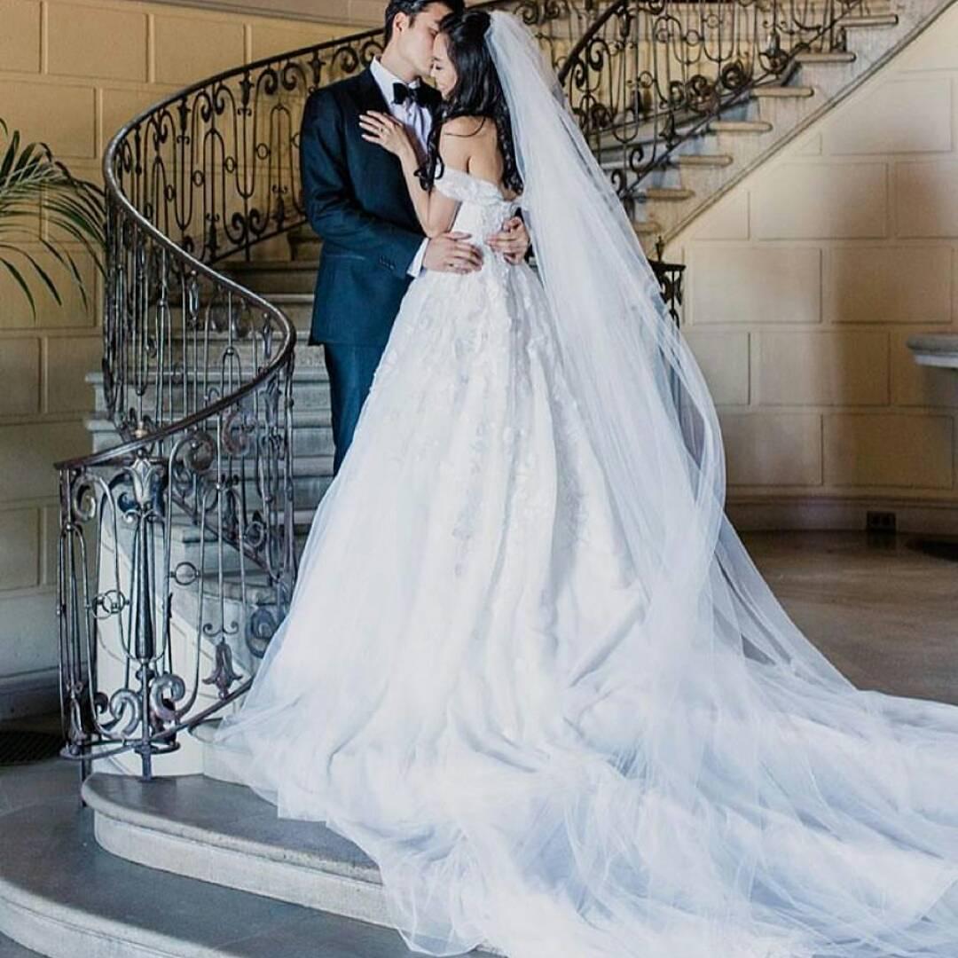Bride Dress Ideas : Dress by @mark_zunino Via @kleinfeldbridal ...