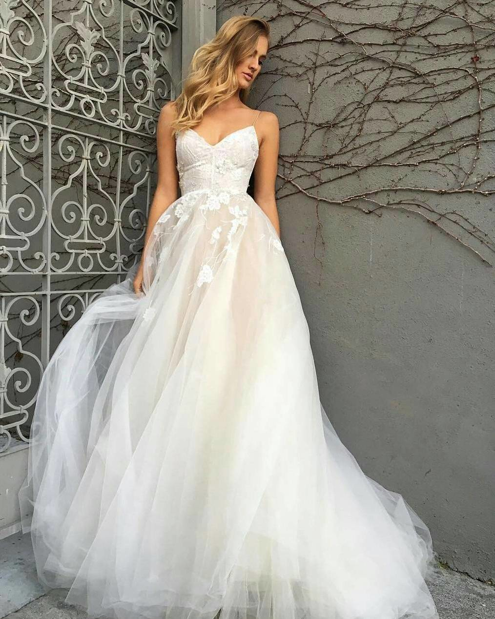 Wedding Dress : Beauty in its utmost elegance! We totally can\'t ...