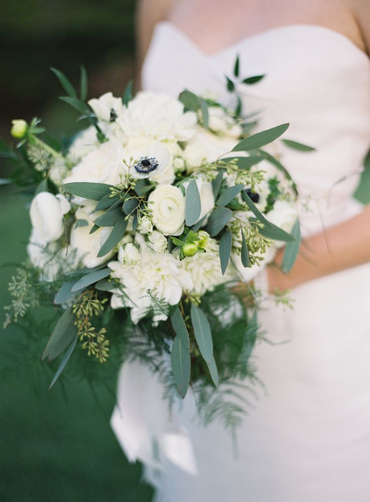 Wedding bouquets inspiration rustic white floral wedding bouquet picture mightylinksfo