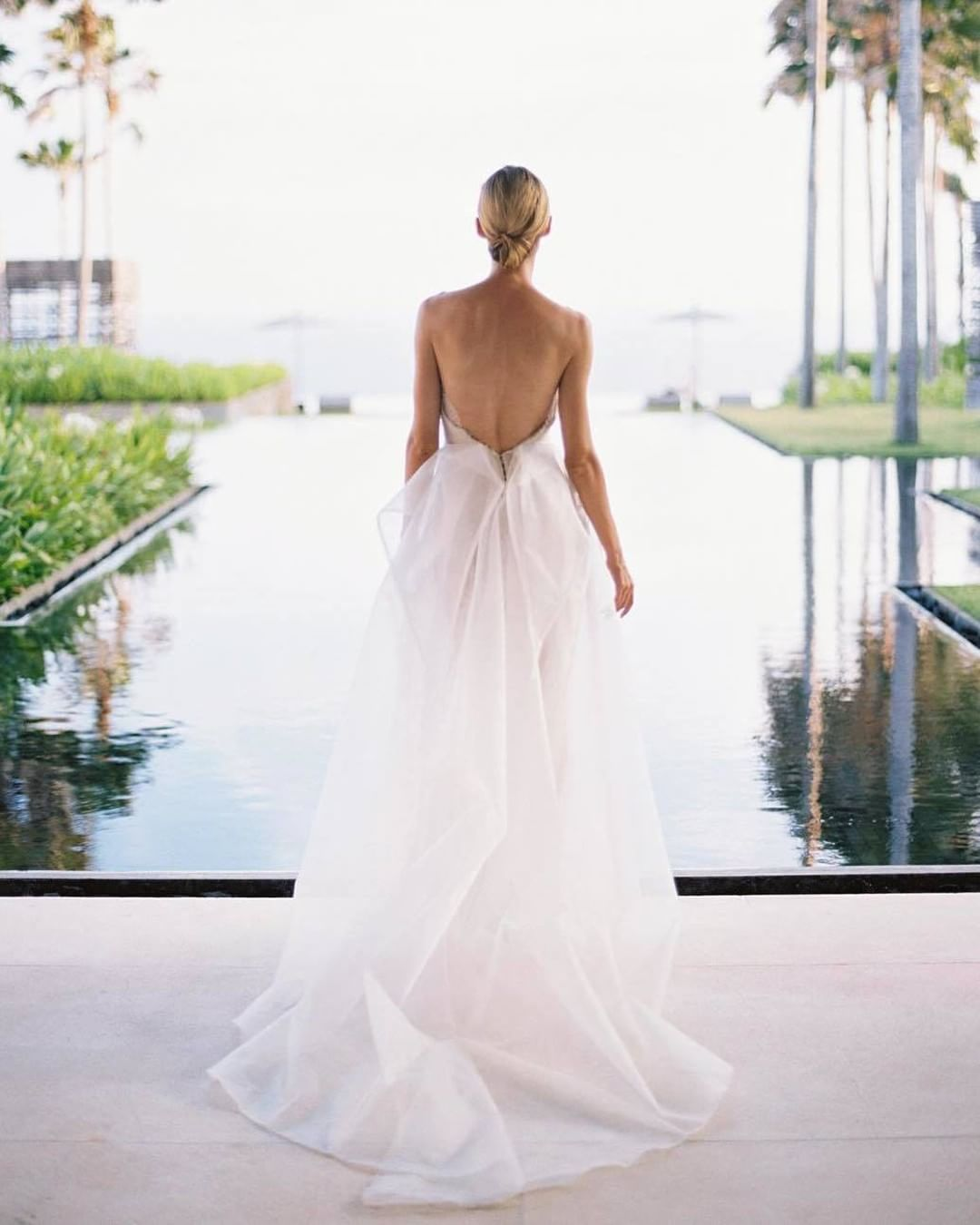 Wedding Dress : Absolutely in love with this diaphanous wedding ...