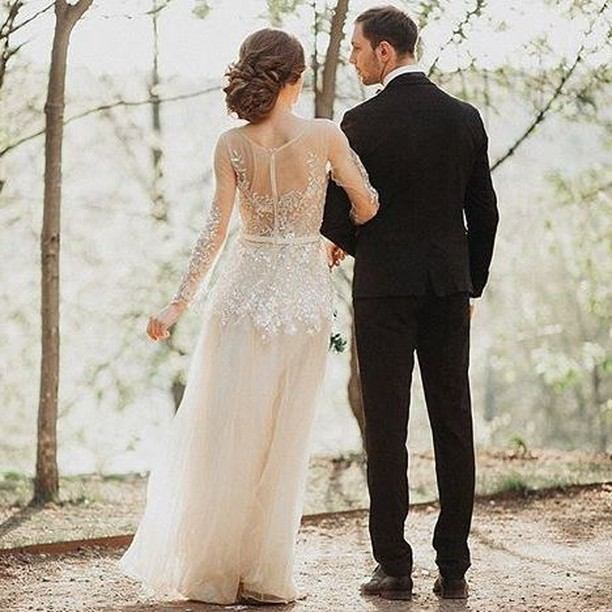 Wedding Dress : Swooning over this stunning diaphanous dress ...