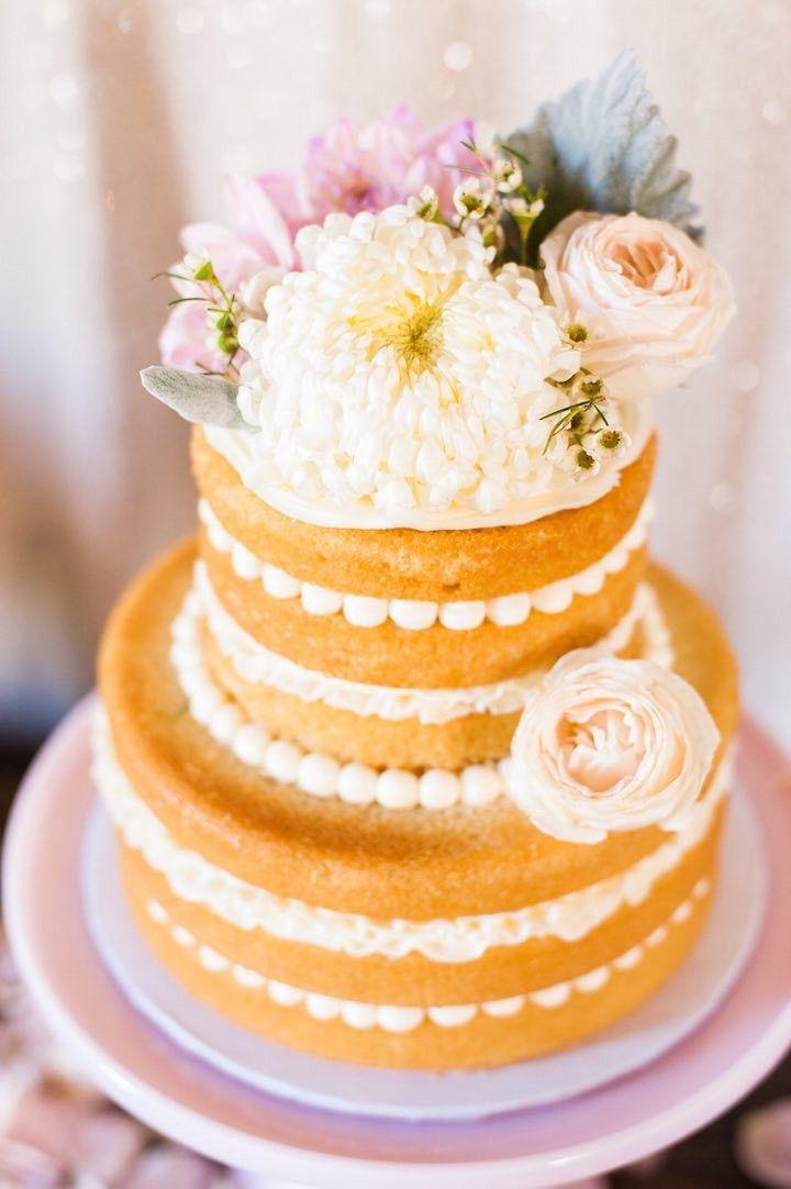 Wedding Cakes : Rustic chic wedding cake table idea. photo: Candice ...